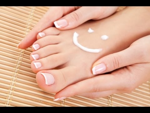 8 Easy Ways to Take Care of Your Feet