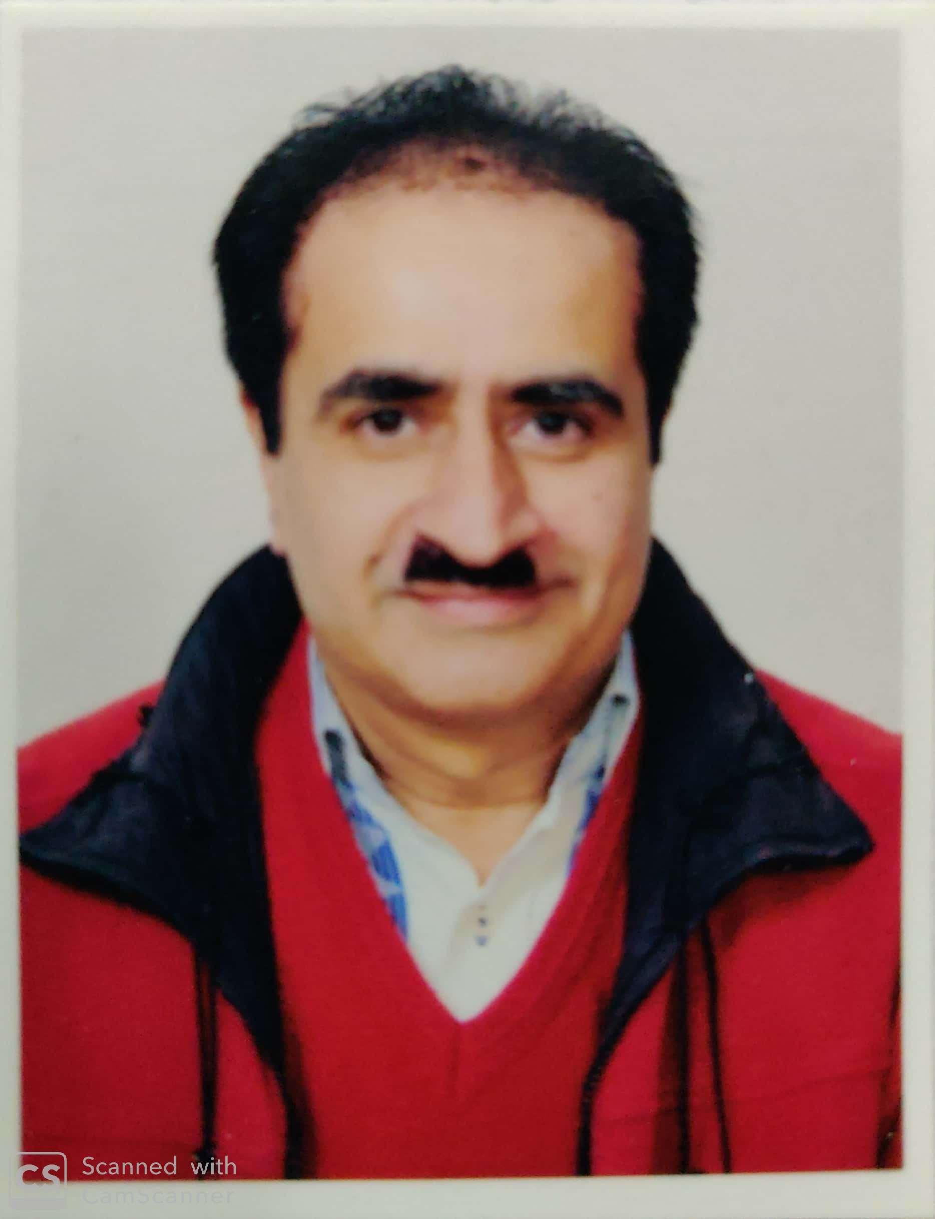 Dr. Vaneet Nagpal